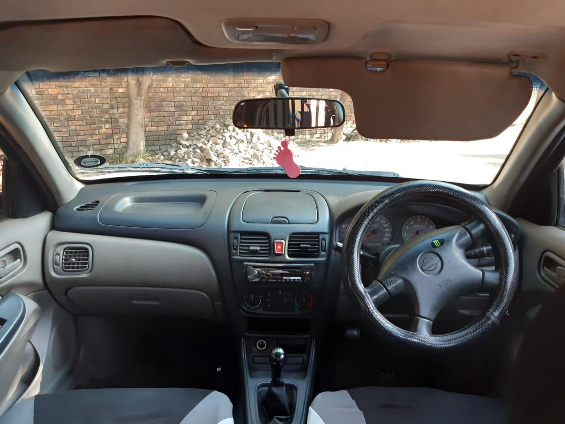 2001 Nissan Almera 1.6 Comfort