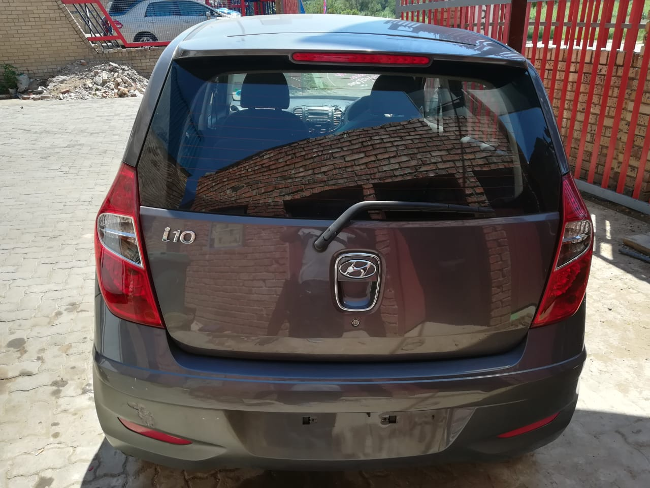 I10 HYUNDAI 2011 - *NOW STRIPPING FOR SPARES*