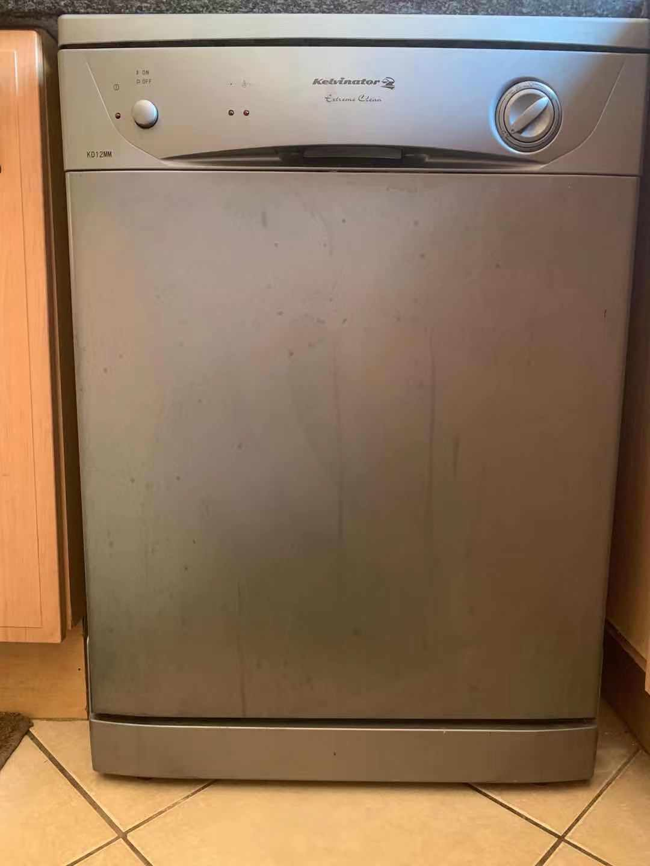 Kelvinator Dishwasher for sale @3500