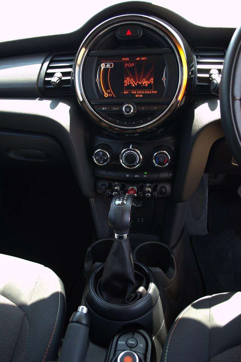 2016 Mini Hatch 3-door COOPER A/T