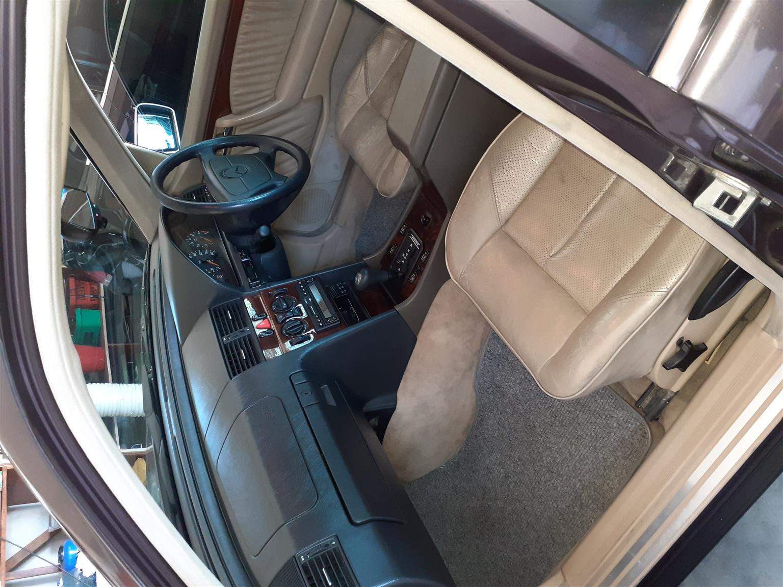 1996 Mercedes Benz C Class C220