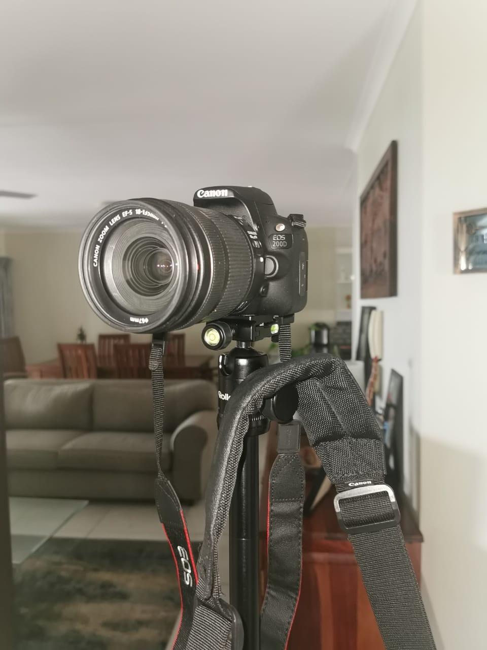 Canon EOS200 D Camera + Bag + 18-135mm Lens +Tripod + Nikon Binoculars- all as new