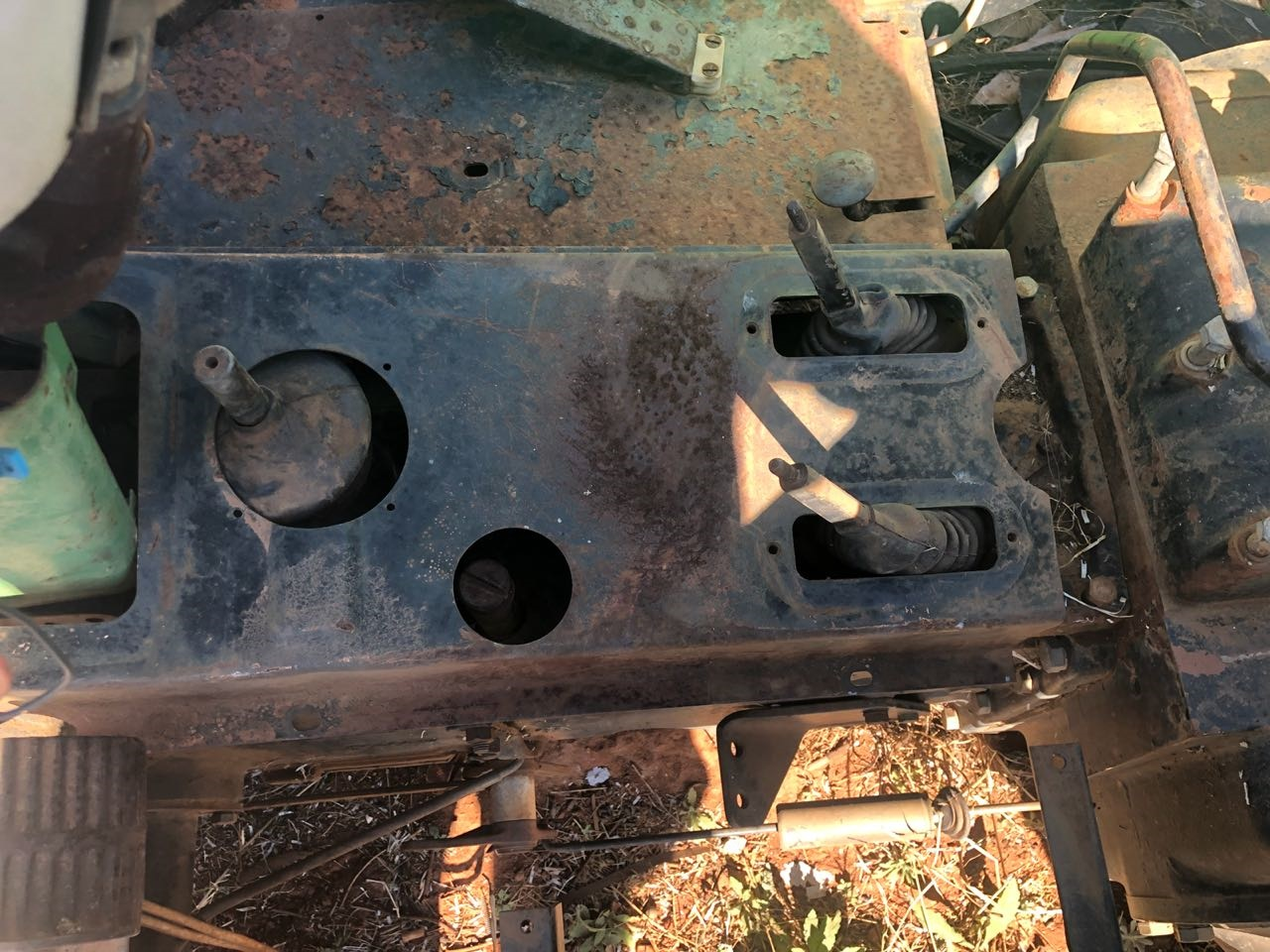 John Deere 2400 - Strip for Spares from