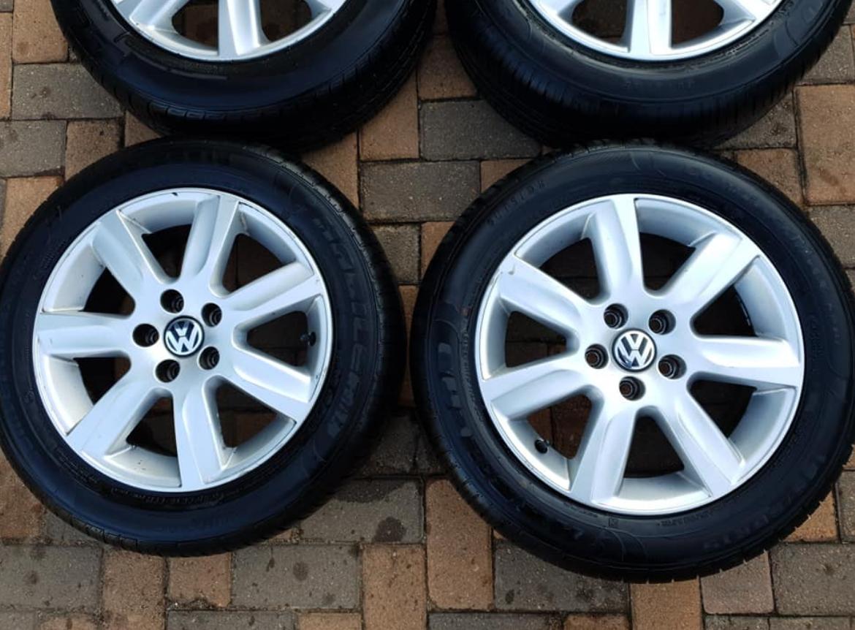 "OEM 15"" Polo 6 Comfortline Rims + Brand New Tyres"