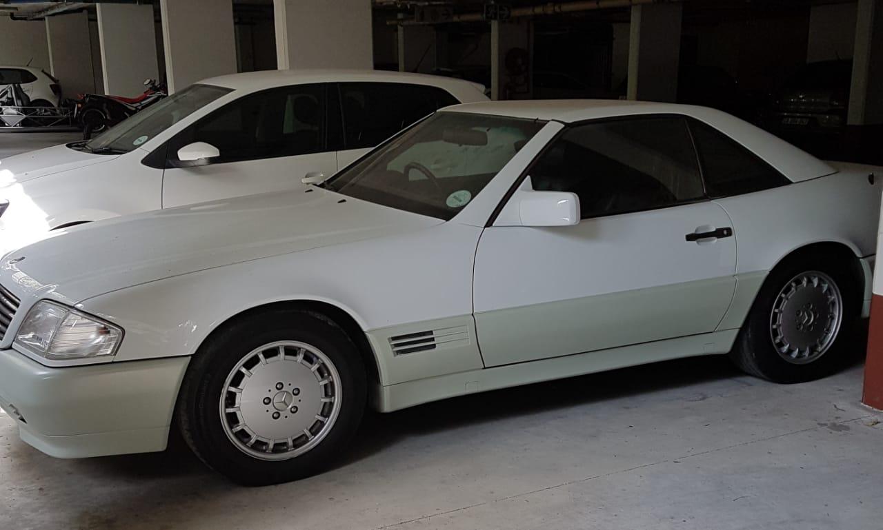 1990 Mercedes Benz 300sl 24