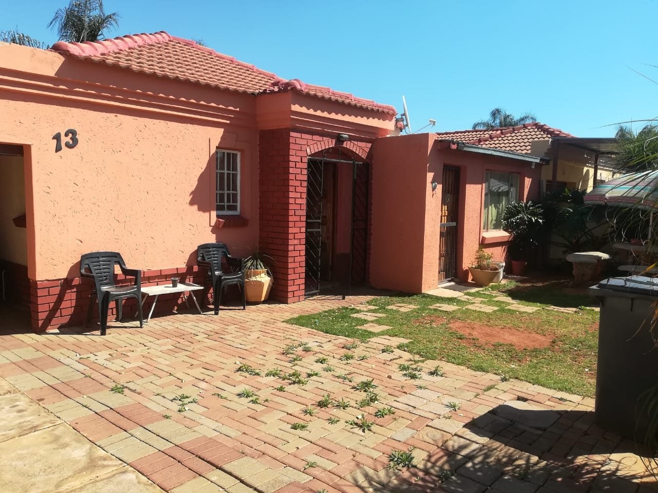 2 Bedroom house for sale in Eloffsdal