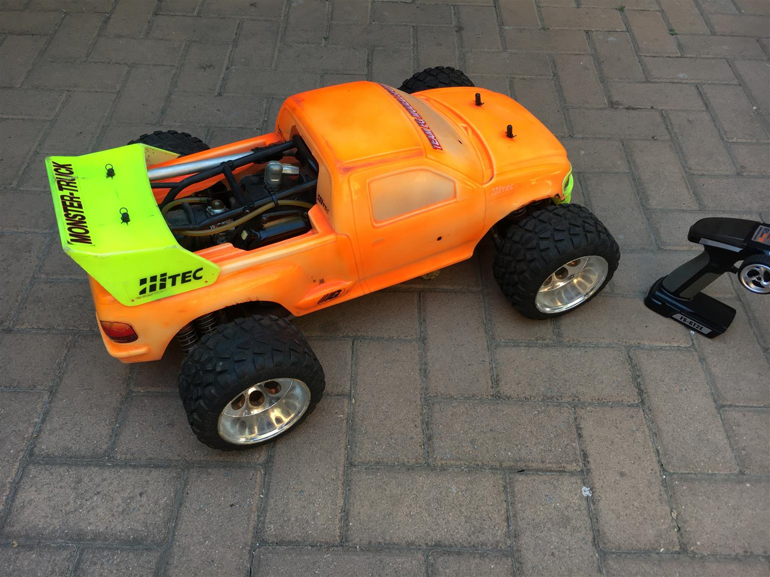 1:25 scale RC