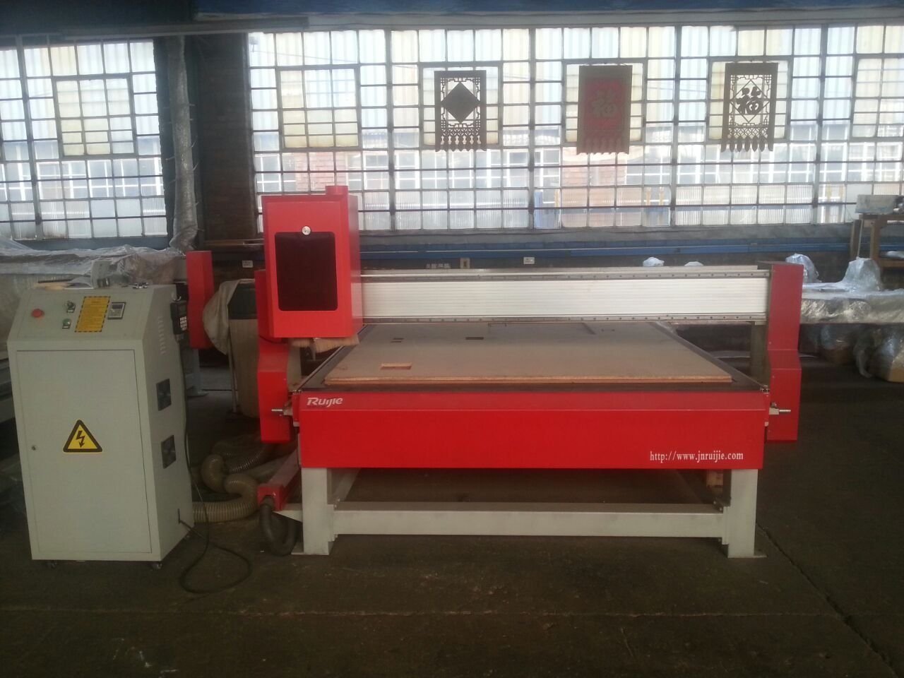 2030 cnc router with suction
