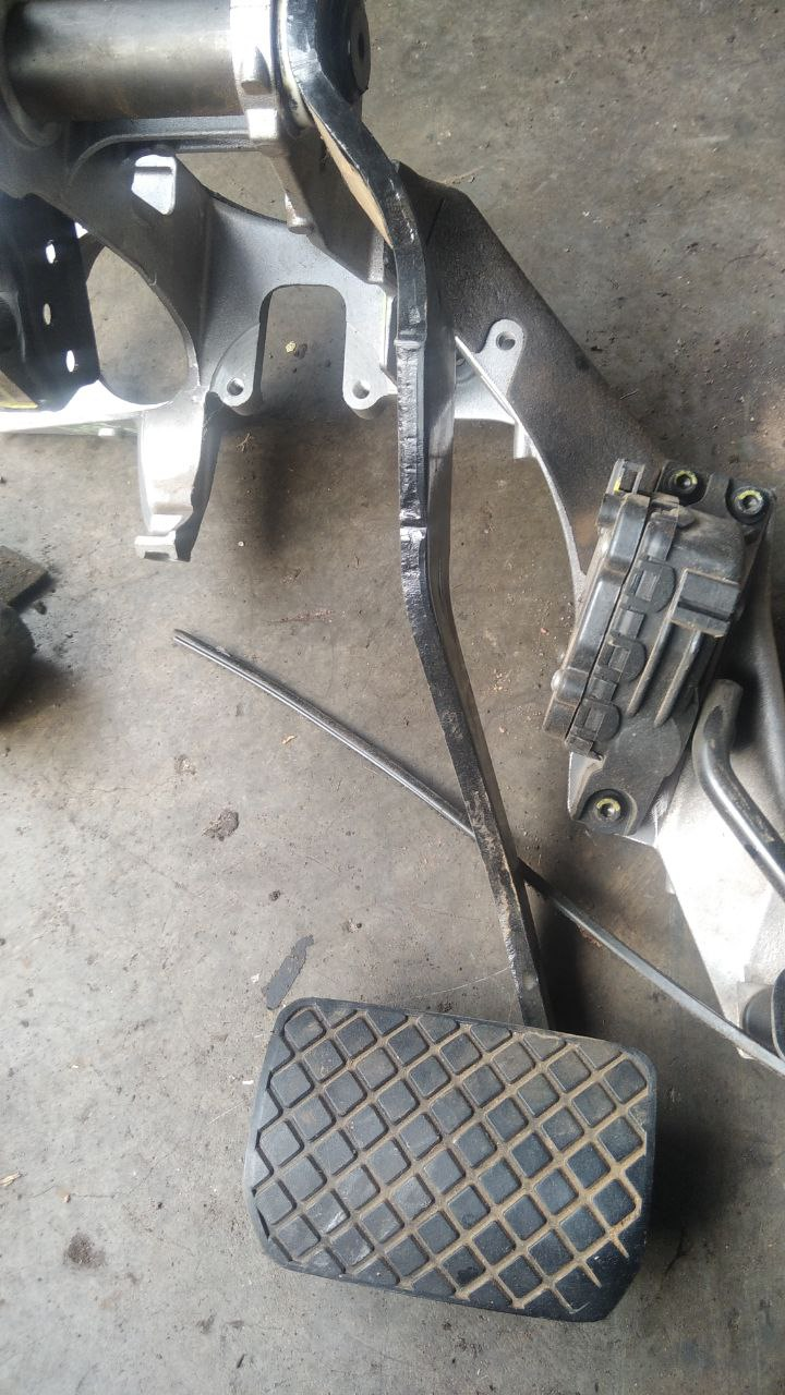 AUDI A4 BRAKE PADDLE FOR SALE