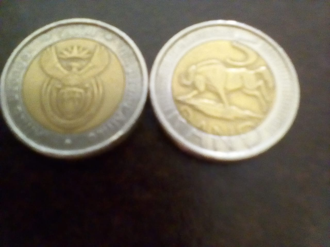 R5 Gold and silver coins