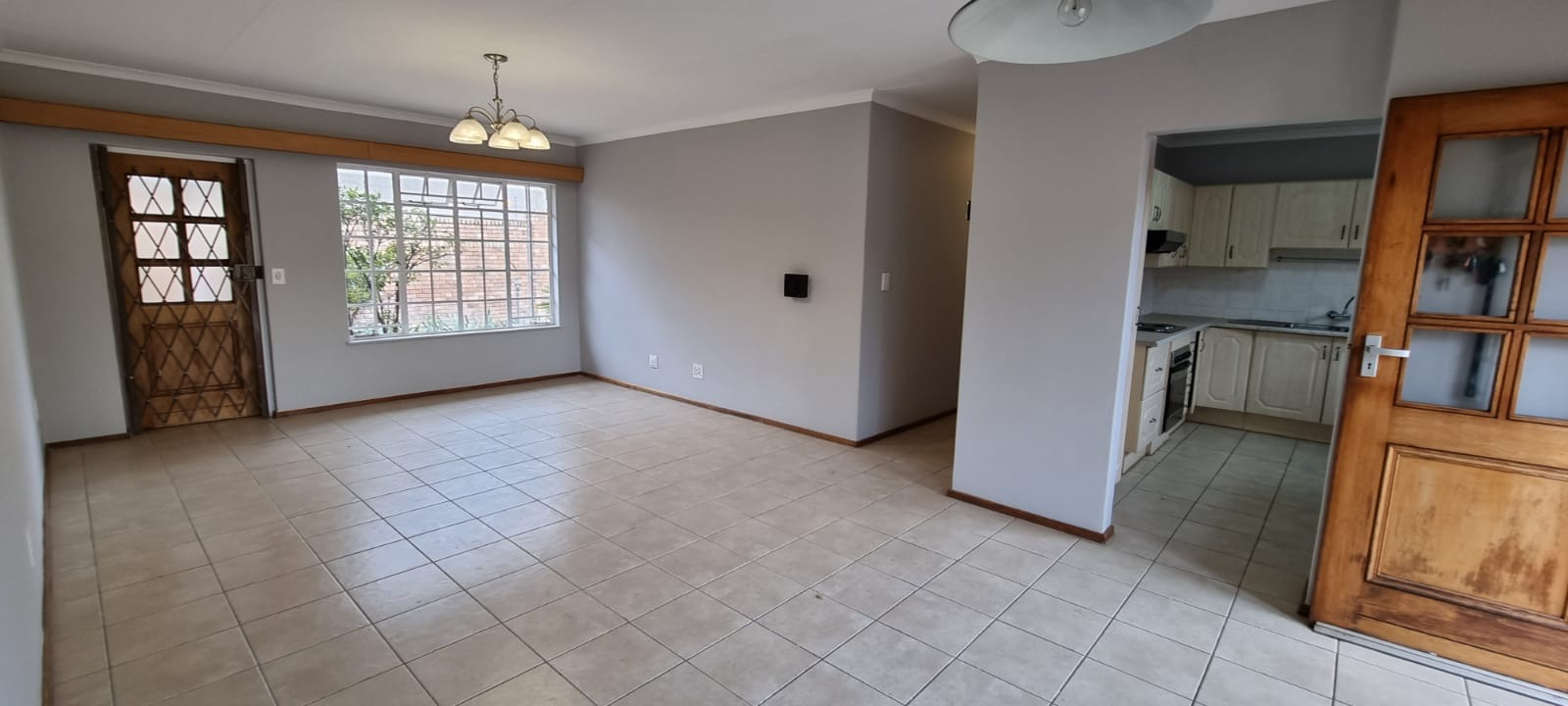 House For Sale in Lynnwood