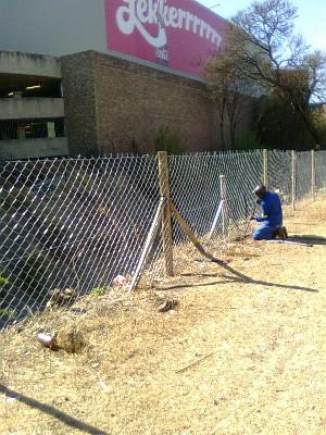 Diamond Mesh Fence And Razor Wire Fence Installation And Repairs