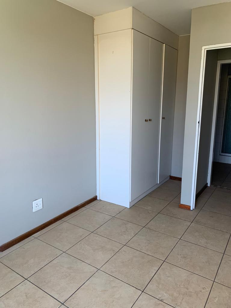 2 bed apartment in Hatfield