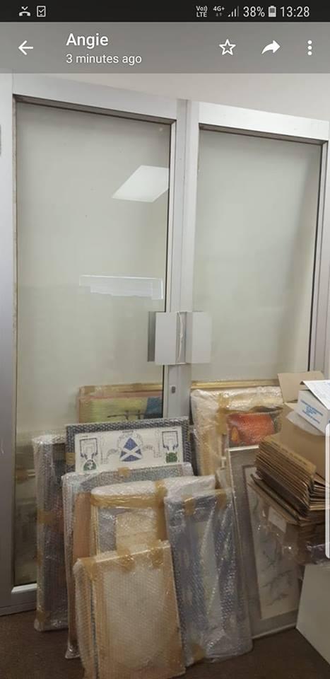 Very large alluminium door
