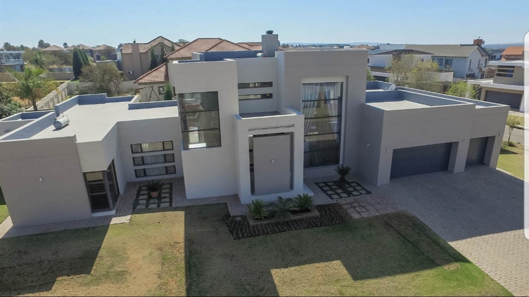3 Bed House in Silverwoods Country Estate