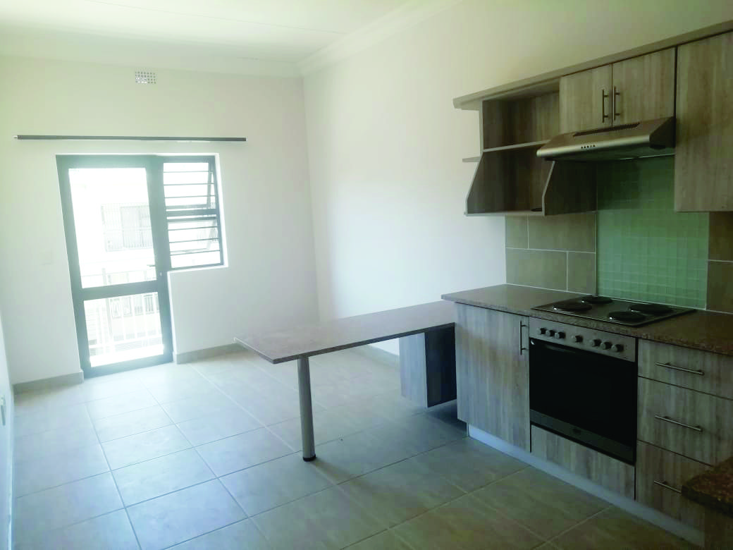 1 BEDROOM - THE OAKS - OPPIKAMPUS STUDENT ACCOMMODATION - Property Code: TO029
