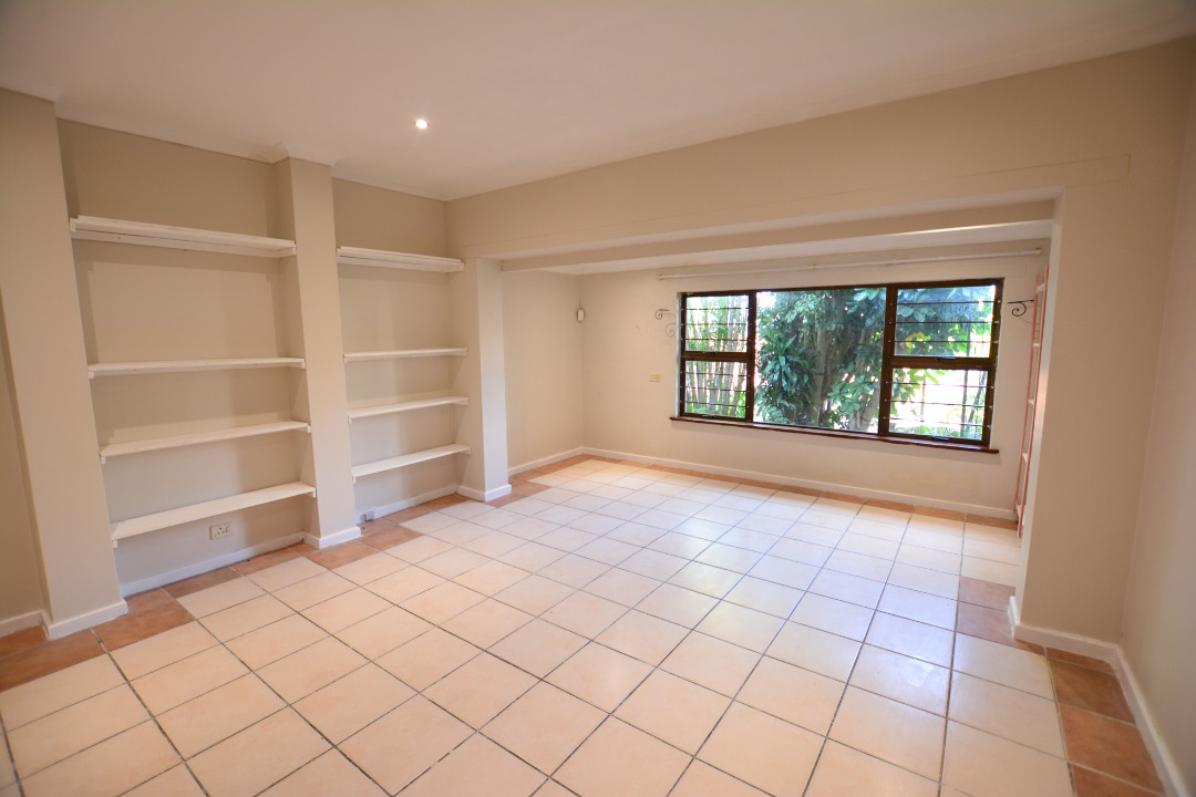 Umgeni Park, Durban North, prominent for its stunning SEA VIEWS, bosting elaborate space of distinctive quality R2400000
