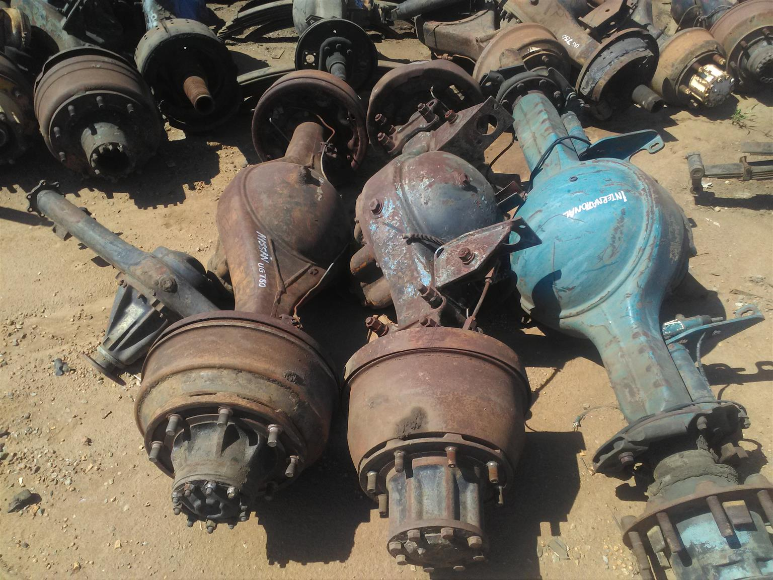 ANY TRUCK ENGINES CRANKS GEARBOXES . ALL Truck spares available Contact Bertie 072-707-9933