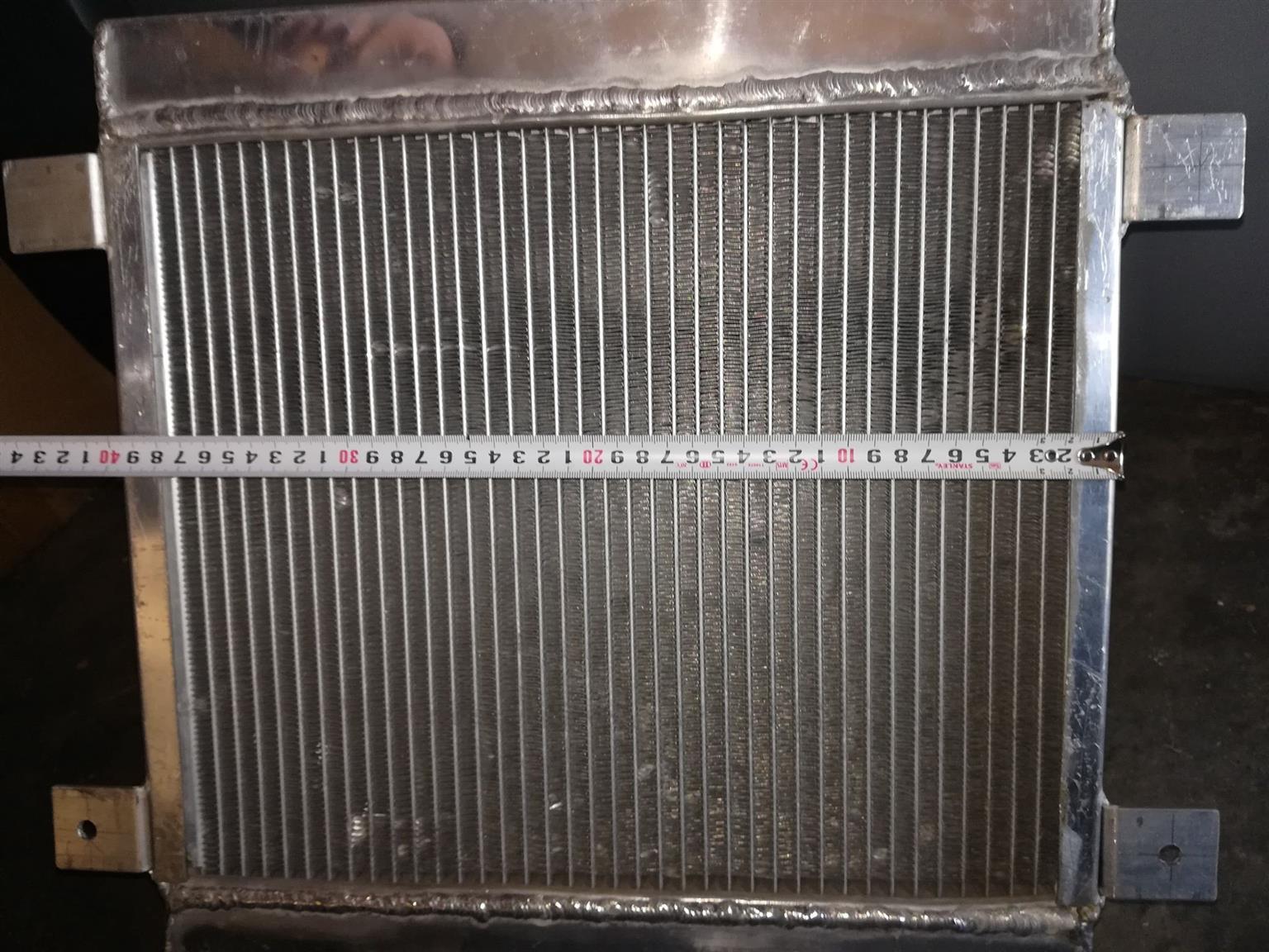 Custom build Dual core Radiator (strong fan mounted)