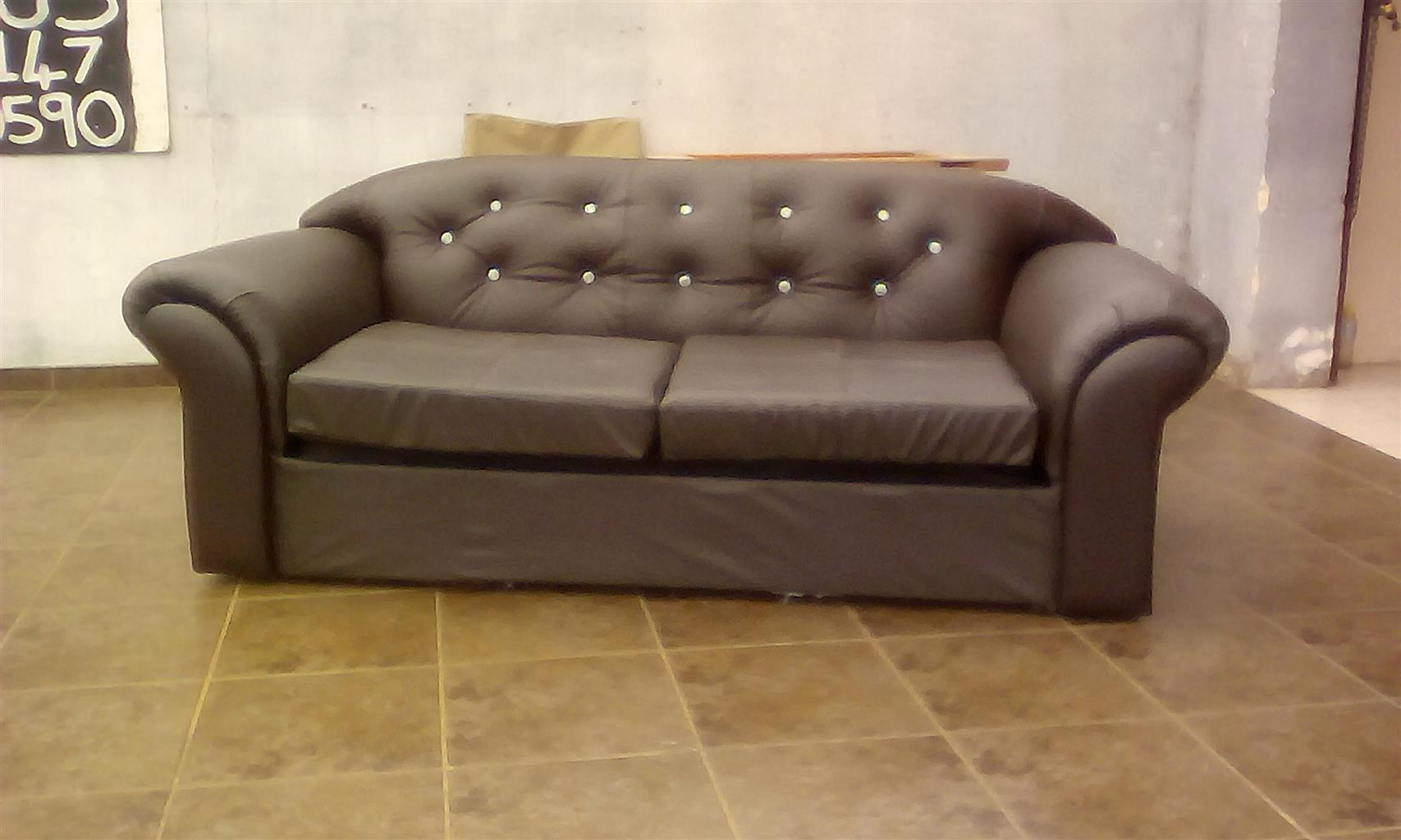 Recovering Of Old Sofa Sets,couches,chairs,garden Furnbiture And  Cushions,etc
