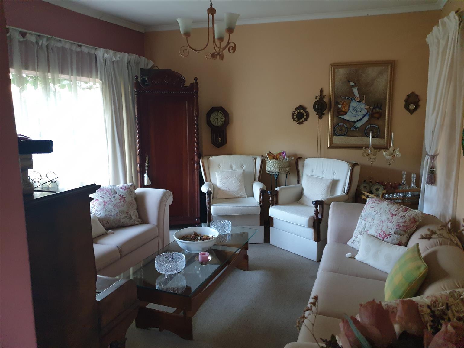 Dorandia House For Sale.
