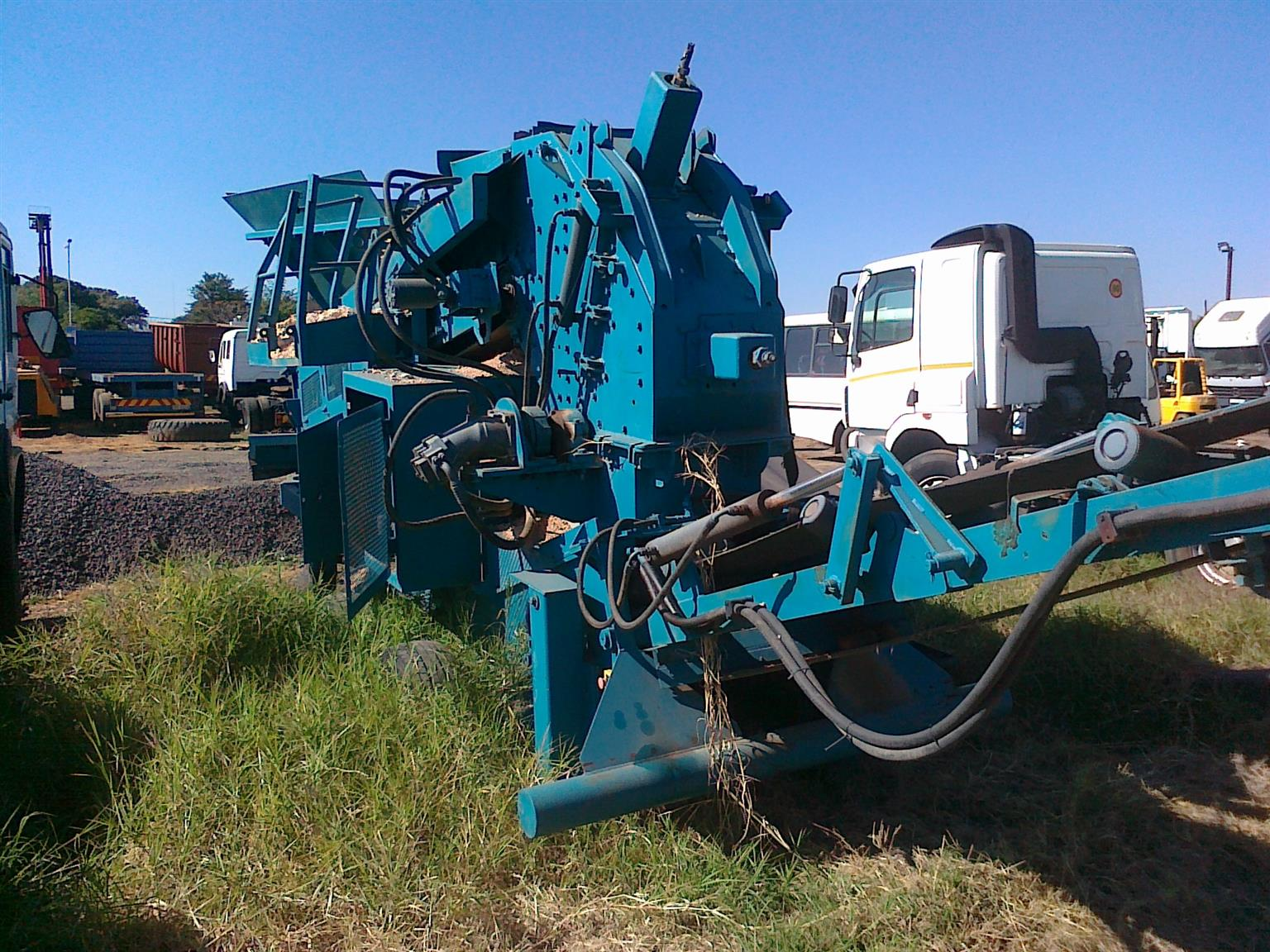 Crush tec rubble buster with screen