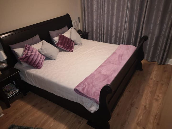 King size wooden sleigh bed for sale