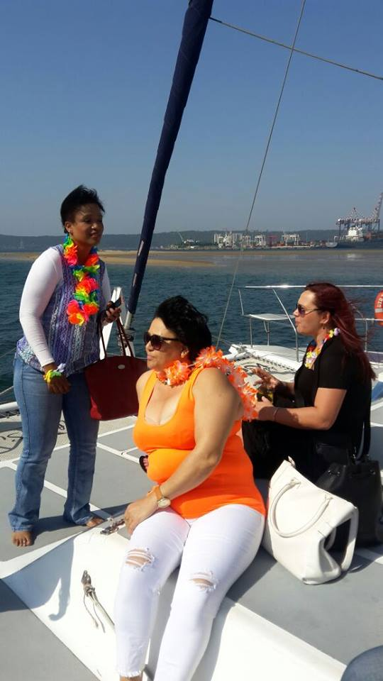 Boat cruise out to sea for all Functions
