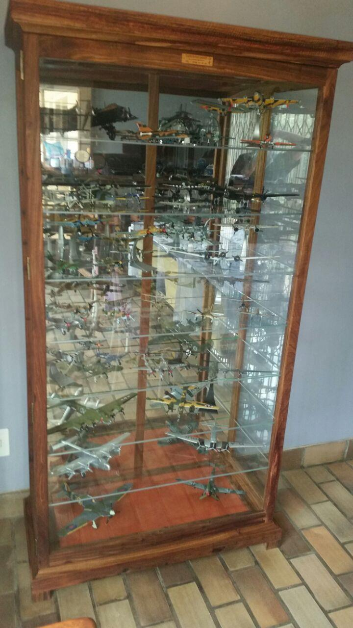 """Display /Show Cabinets with LED Lights &  Glass shelves. Dust Proof ! - Best Prices !"
