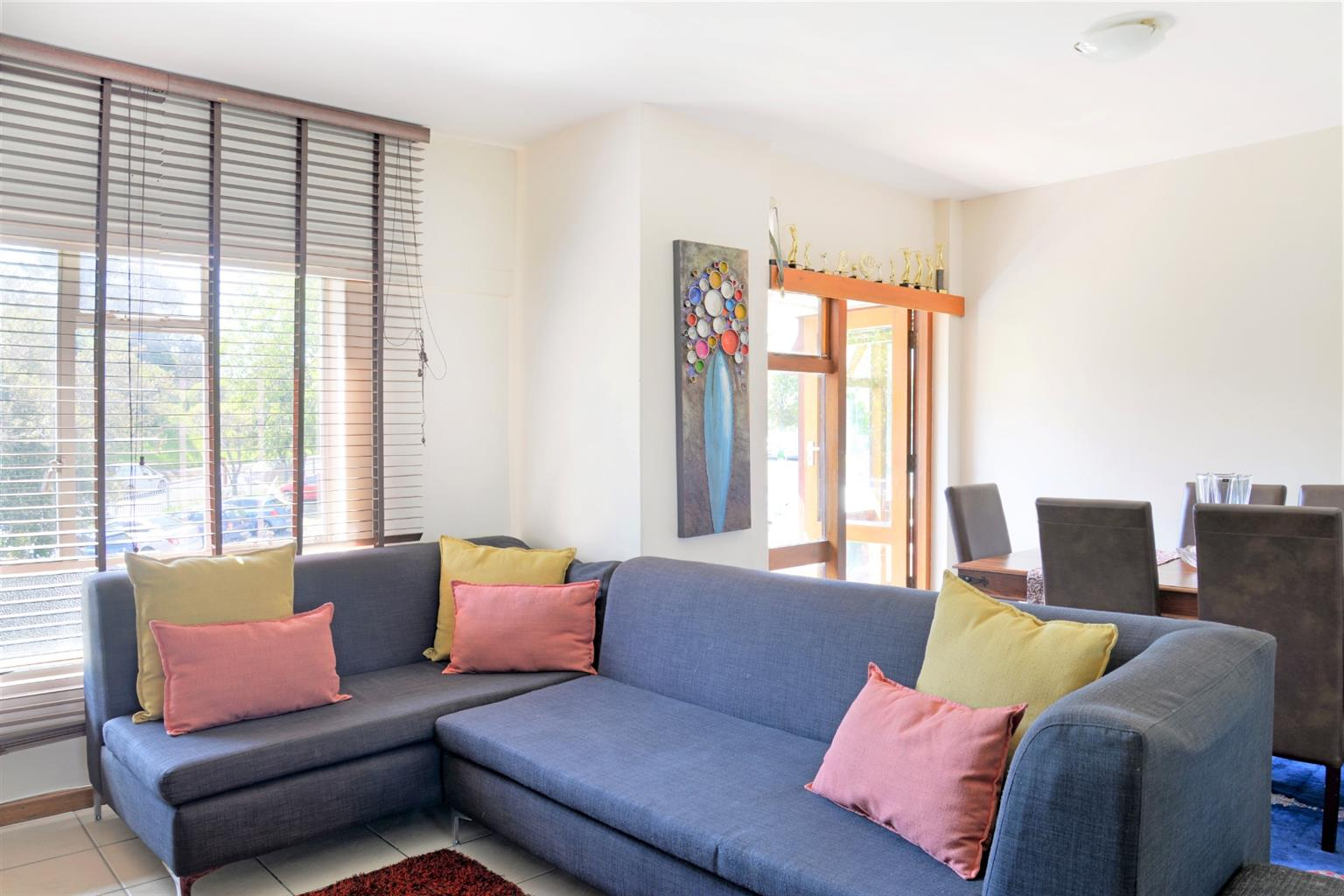 Apartment For Sale in Wynberg Upper