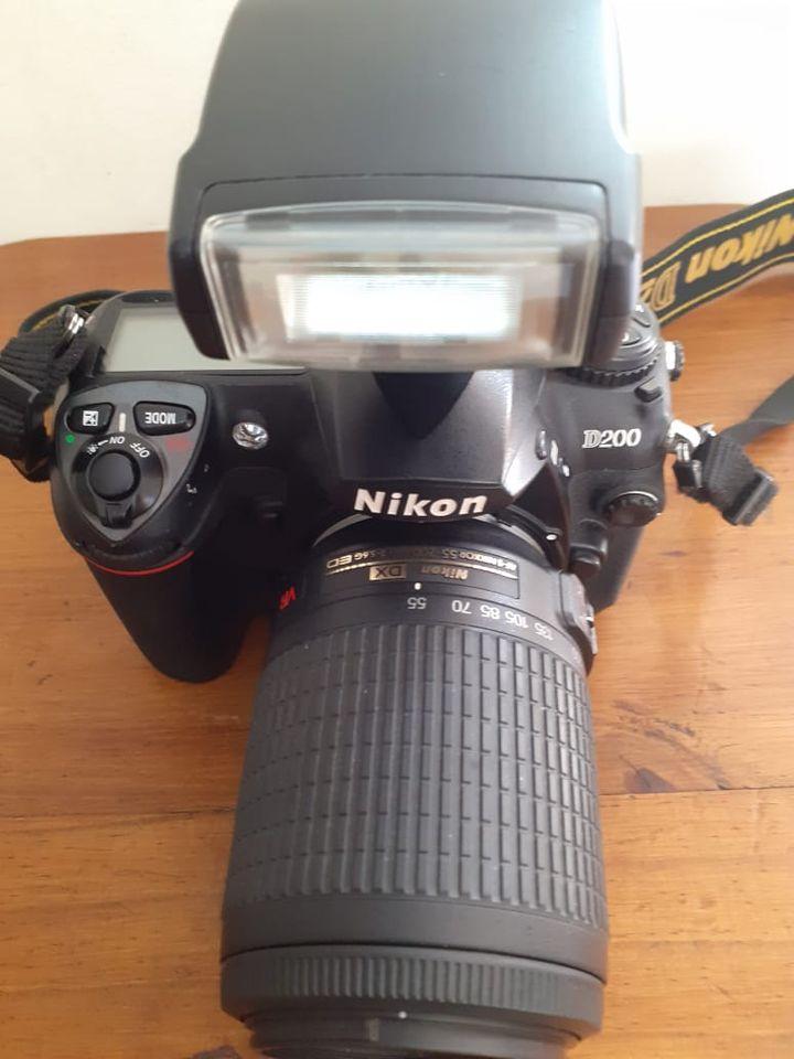 Nikon D200 Camera & Nikon DX Lens for Sale!