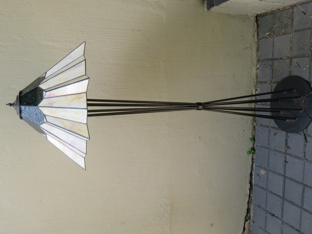 Stained Glass standing floor lamp - Tiffany style