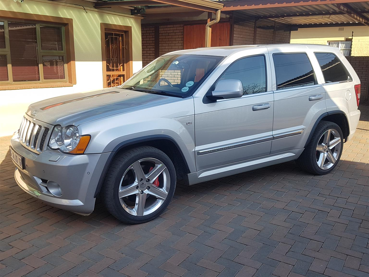 Attractive 2010 Jeep Grand Cherokee SRT8 Alpine