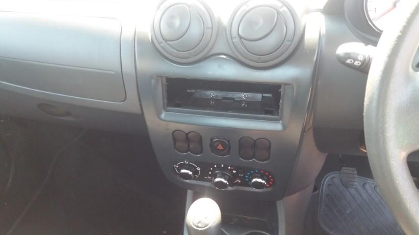 2008 Nissan NP200 1.6i