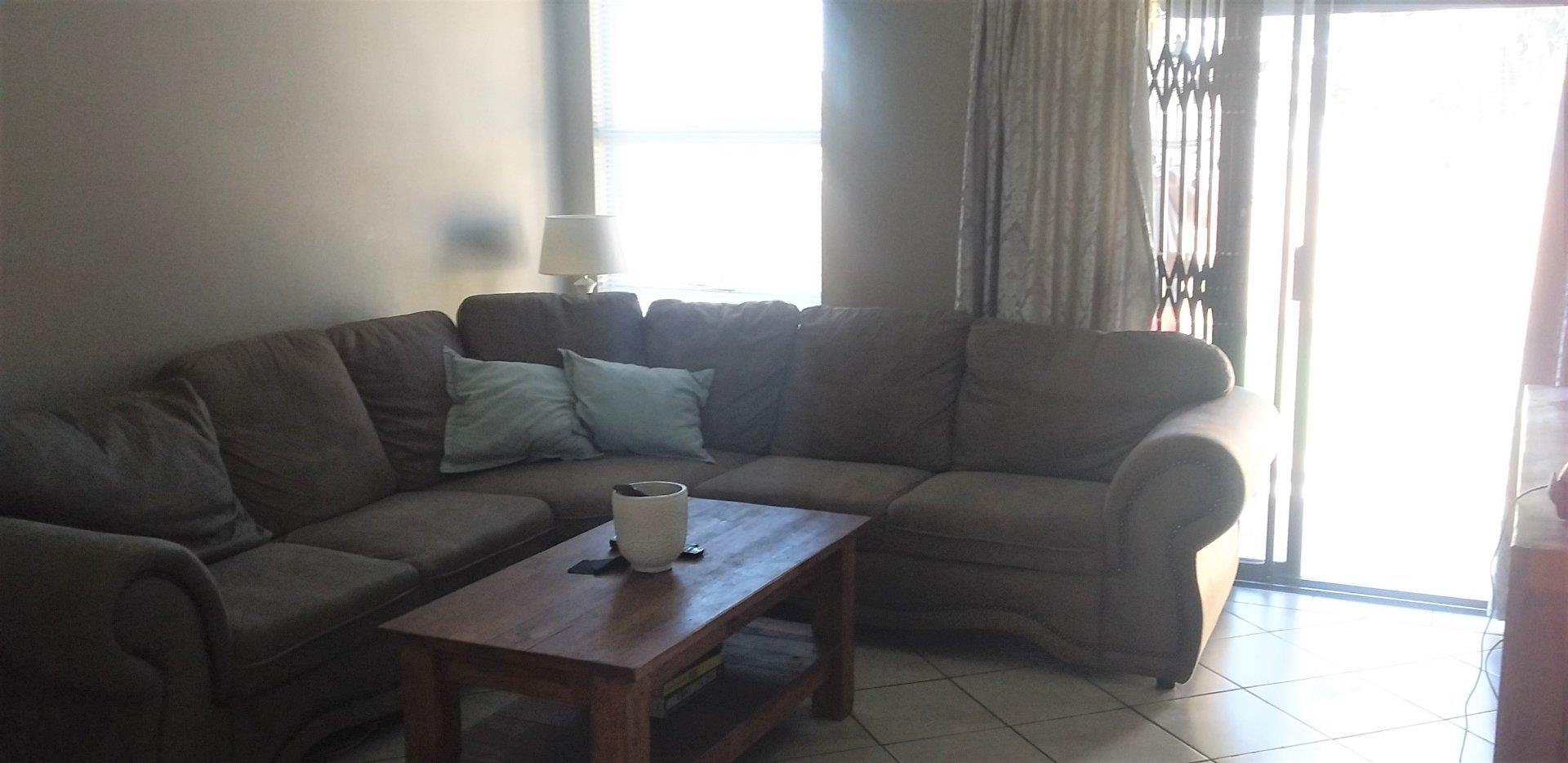 Townhouse For Sale in Riversdale
