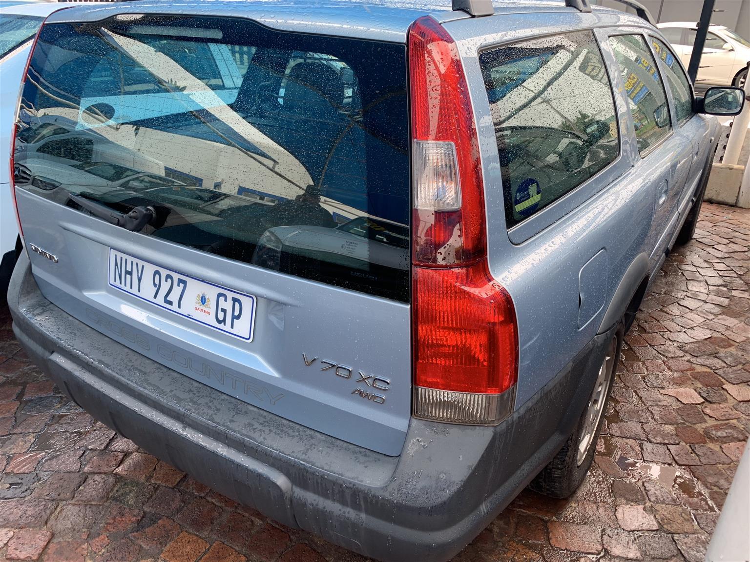 2002 Volvo V70 R