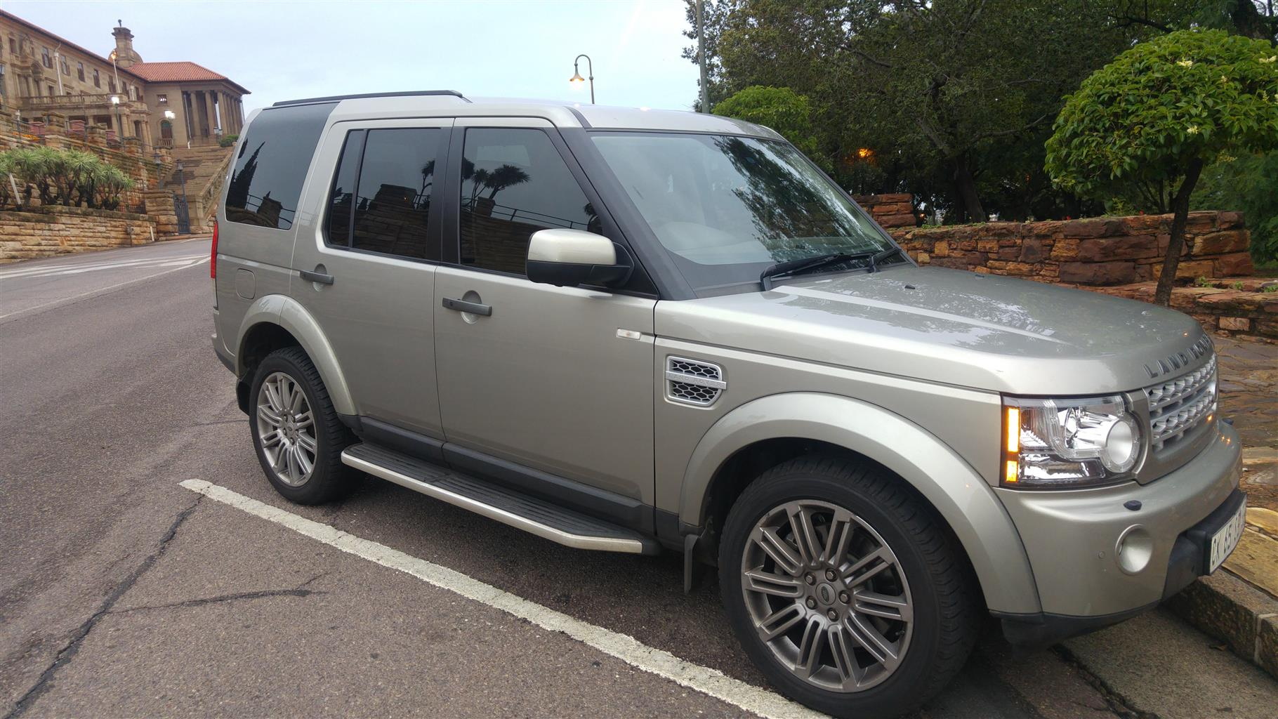 2013 Land Rover Discovery 4 SDV6 HSE