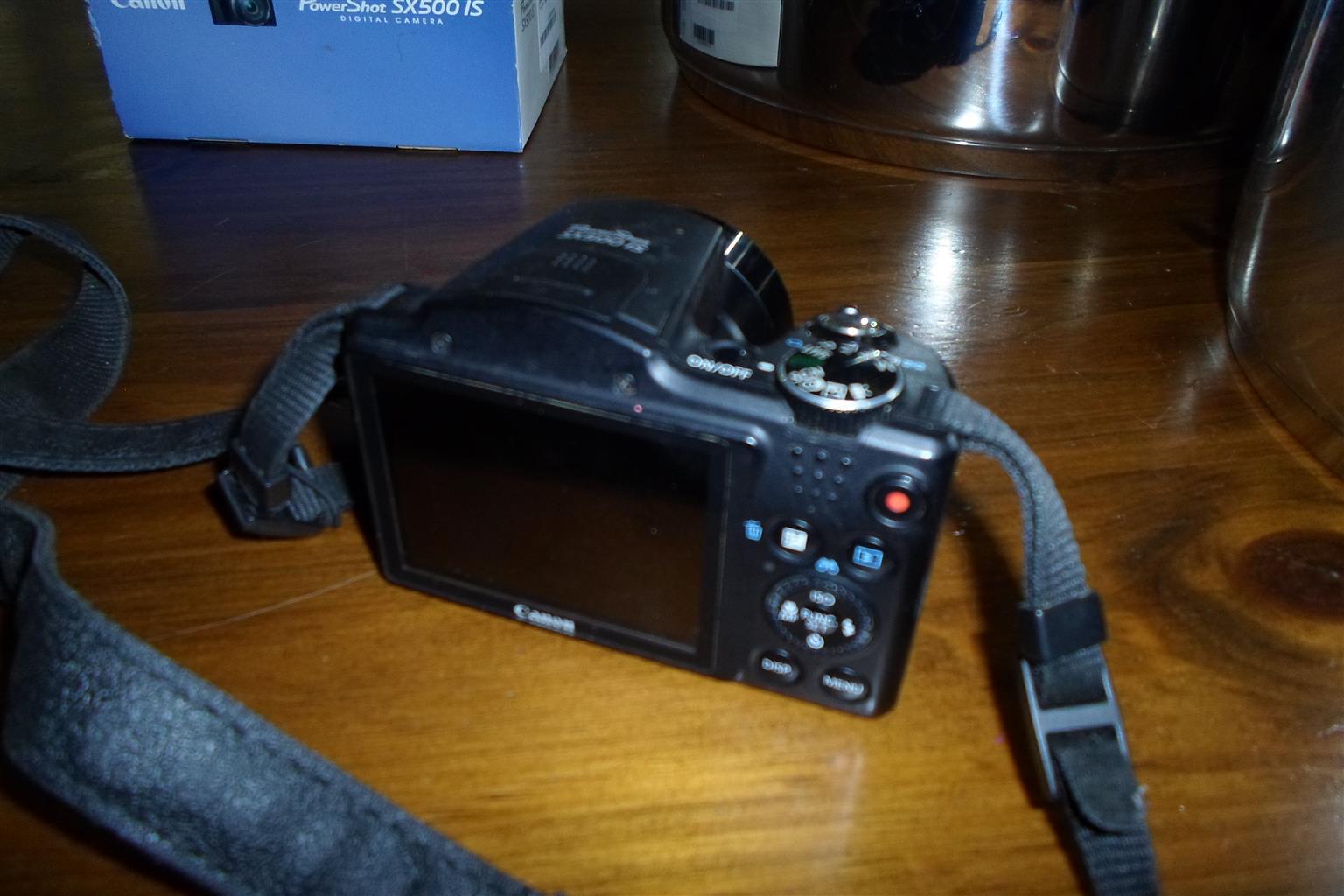 Canon Powershot SX500 IS Camera