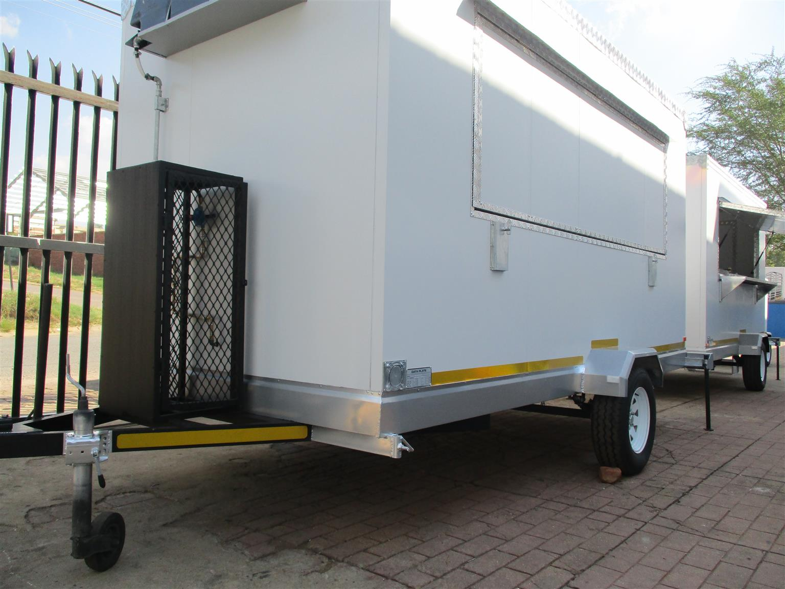 4M Mobile Kitchen Insulated