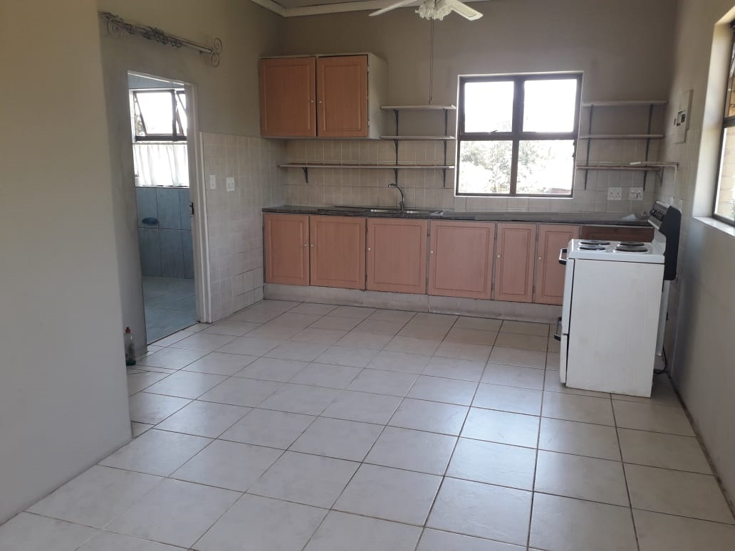 Garden flat with great view for rent - available immediately!