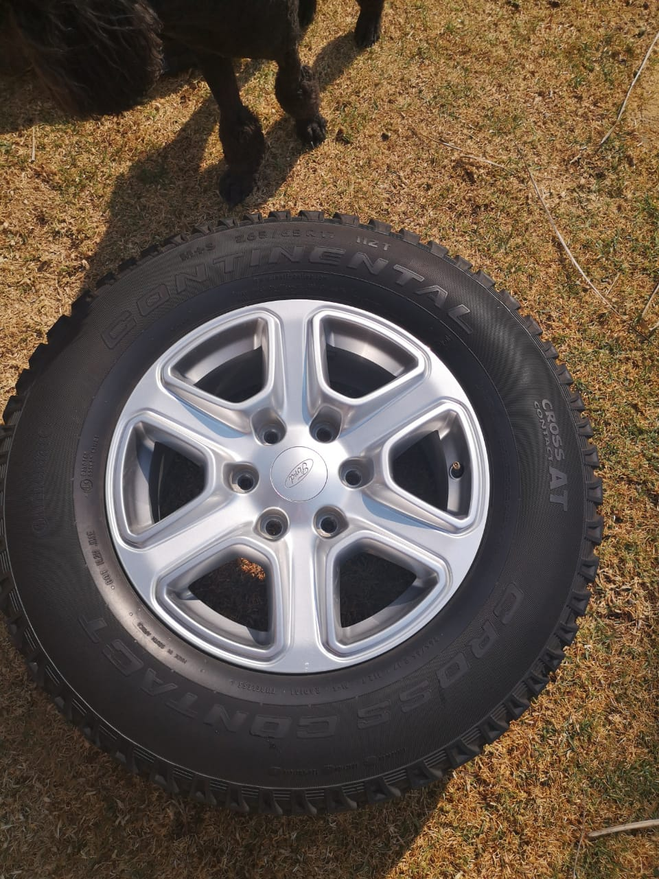 Ford Ranger T6 rims with tyres for sale
