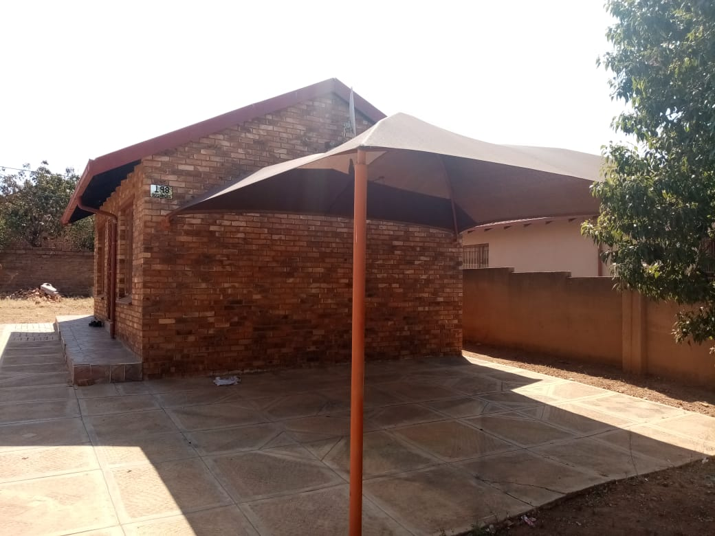 3 BEDROOMS HOUSE FOR SALE IN ODINBURG GARDENS MABOPANE