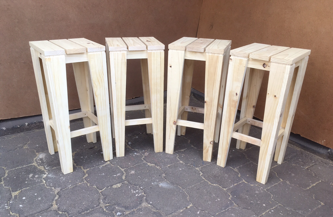 Bar Stool Cottage series 330 square (high) Raw