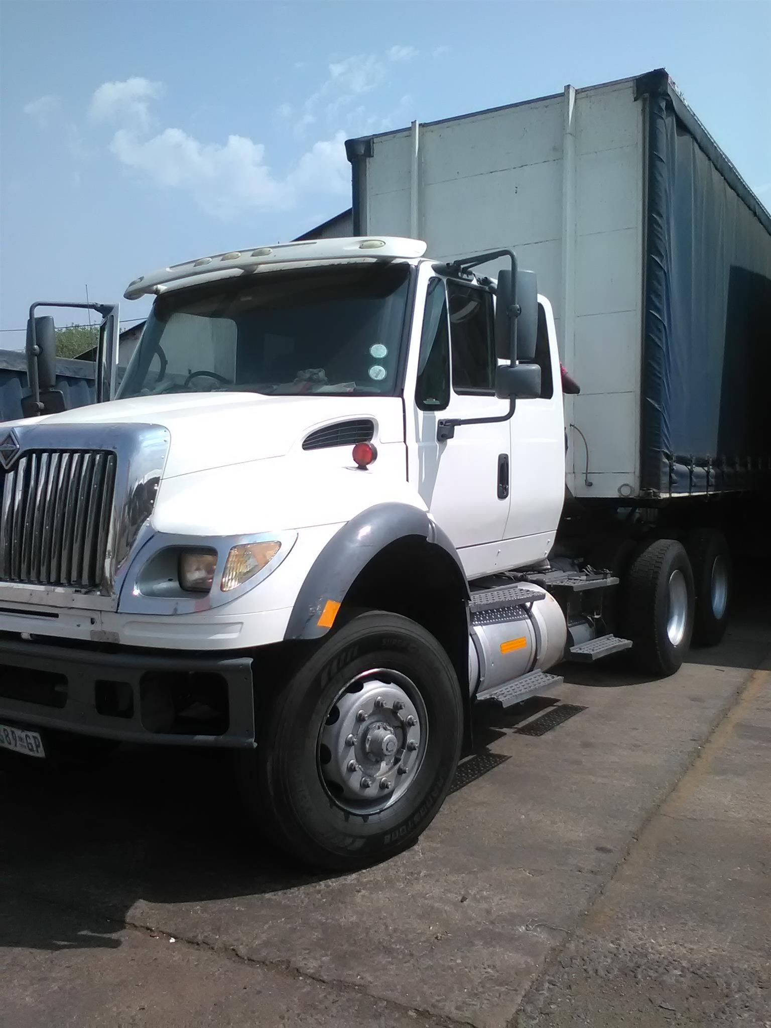 International 7600i Long Nose Eagle truck for sale