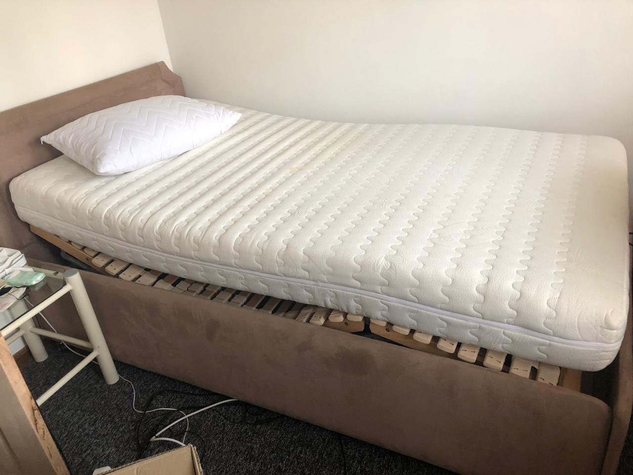 Mechanical bed