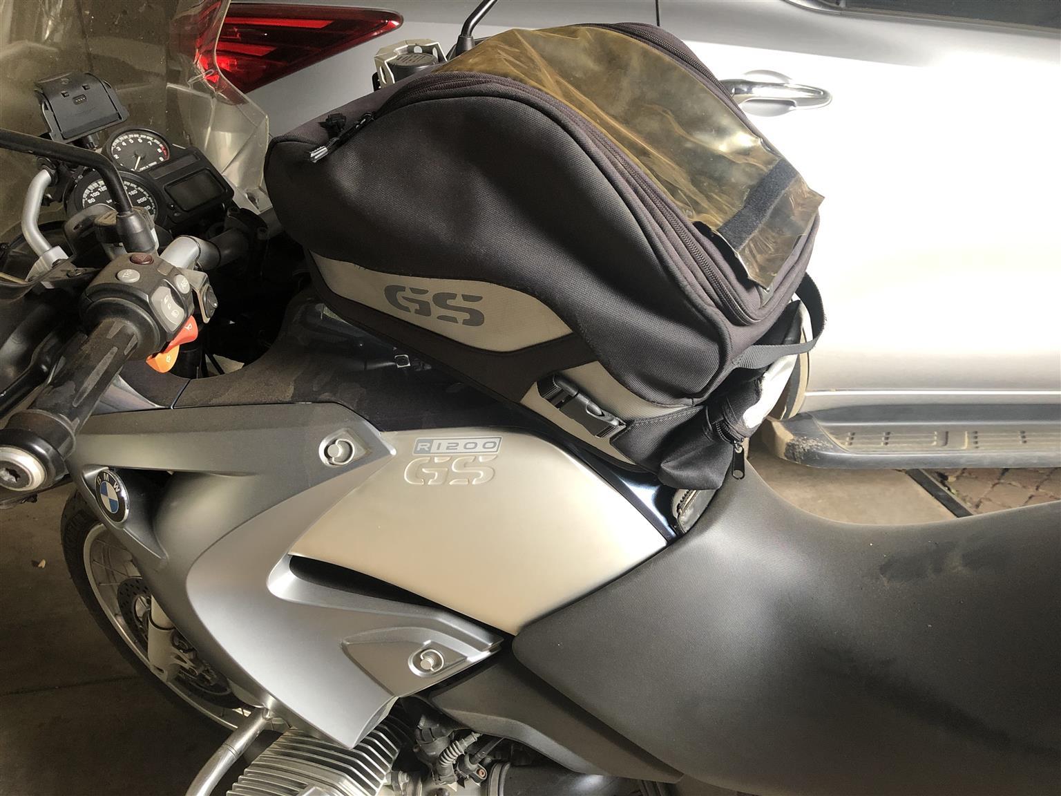 BMW 1200 GS tank bag