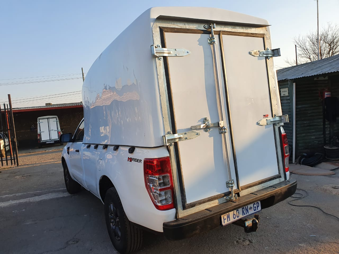 GC NEW FORD RANGER T6 SPACE SAVER CANOPY FOR SALE