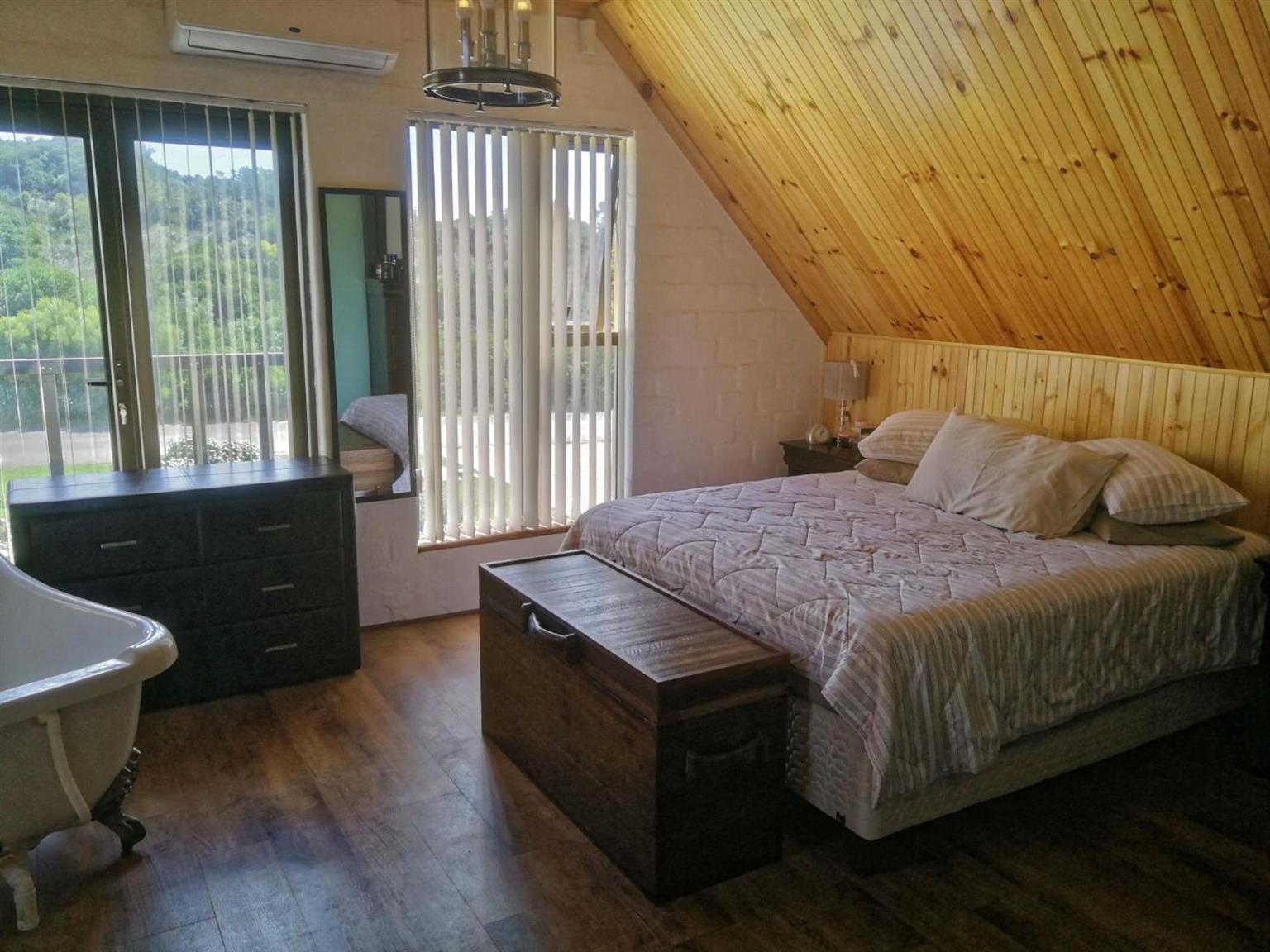 House For Sale in PRINGLE BAY