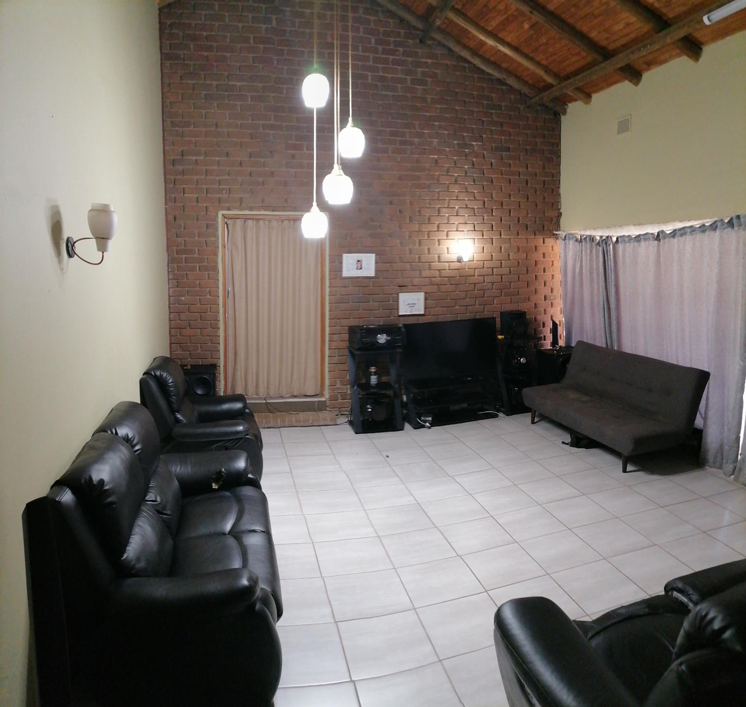 Small Holding For Sale in Andeon AH