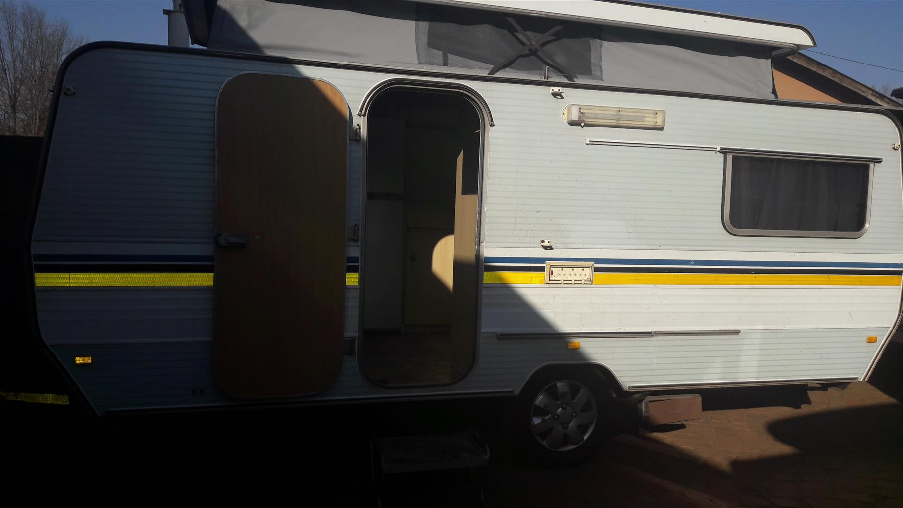 sprite sport 6 bed with full tent and big fridge and freezer